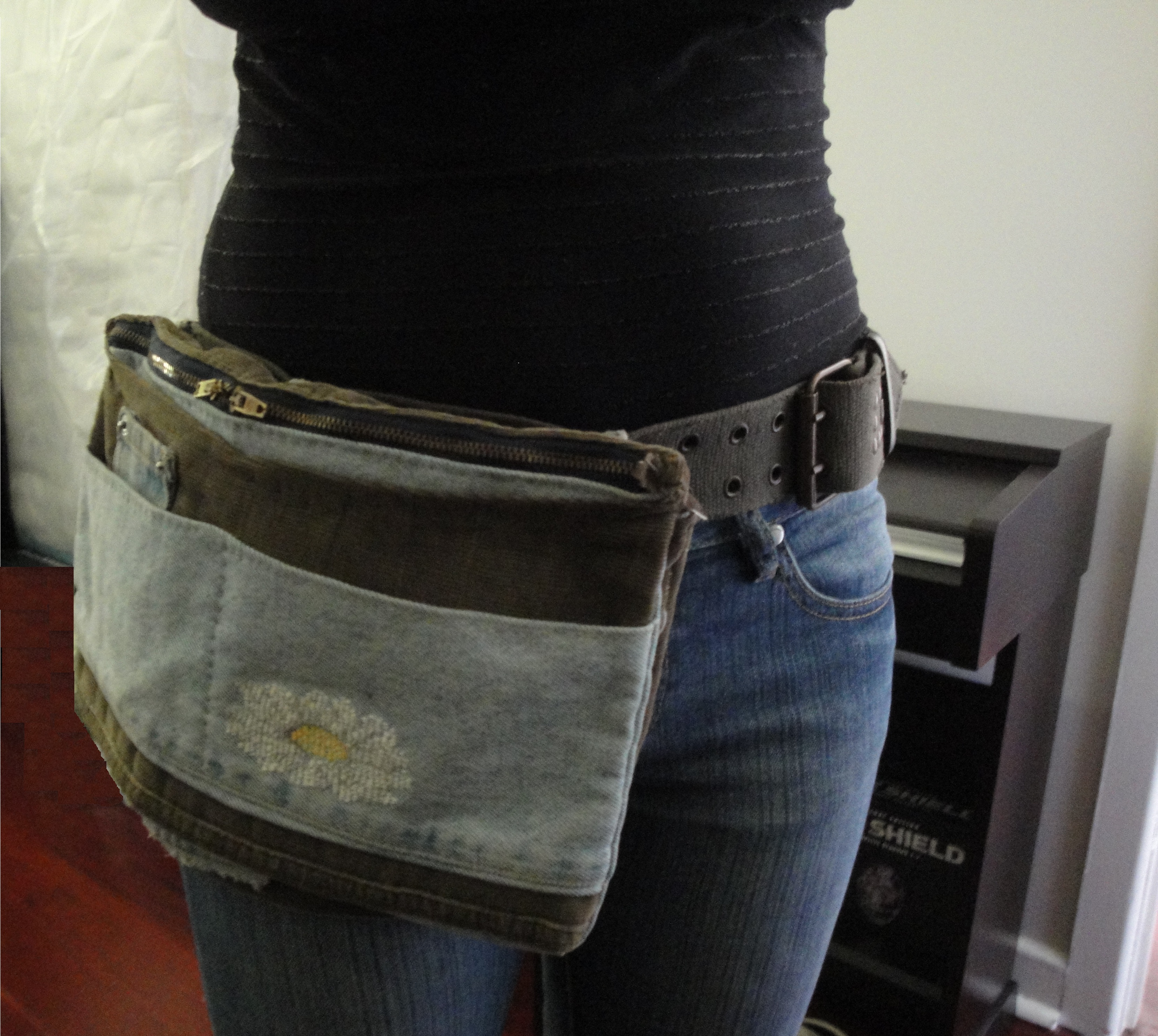 Daisy Belt Bag Sewing Projects