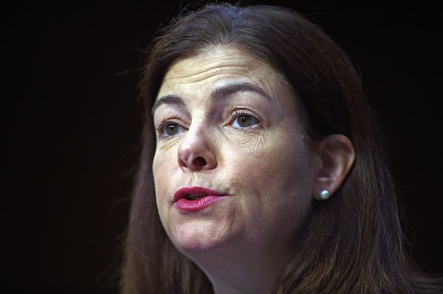 <p>New Hampshire's Kelly Ayotte faces a tough re-election.</p>  Photographer: Astrid Riecken/Getty Images
