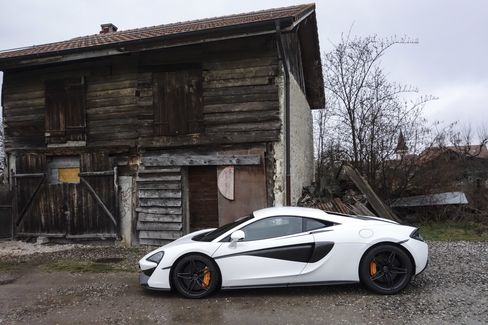 Although you're supposed to buy the 570S in McLaren's famous orange, it looks good in white and gray, too.