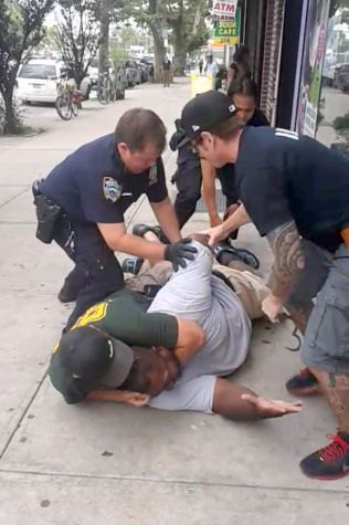 Eric Garner Non-Indictment Shows Limits of Body Cameras - Bloomberg