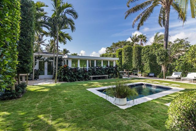 relates to Frenzied Palm Beach Home Market Has Buyers Bidding Sight Unseen