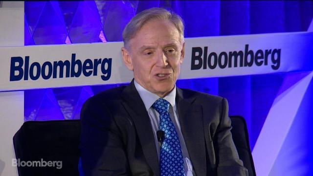 What Stocks Are Inside Clifton Robbins' $2.8 Billion Portfolio?
