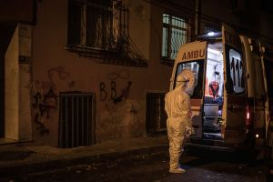Daily virus deaths in Turkey reach record even after new measures