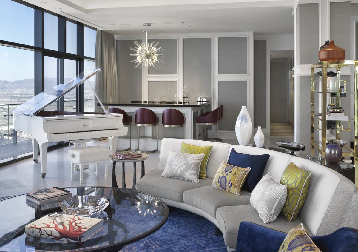 Look Inside This MillionDollar Vegas Hotel Room  Bloomberg