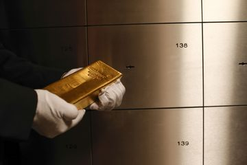 Precious Metal Storage as Gold Gets Federal Reserve Rate Cut Boost
