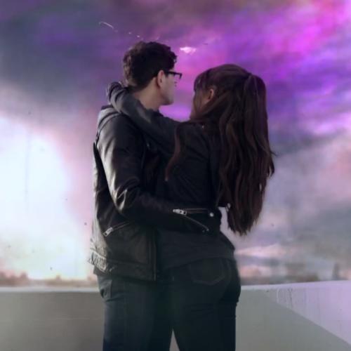 Ariana Grande - 'One Last Time' - Capital
