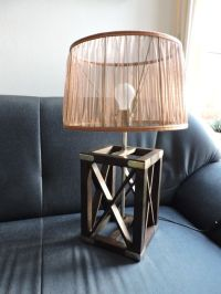 Colonial style table lamp with silk shade - Catawiki