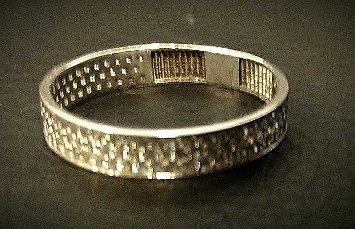 White gold ring, 585
