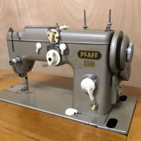 Pfaff 230 sewing machine with table, foldable - Catawiki