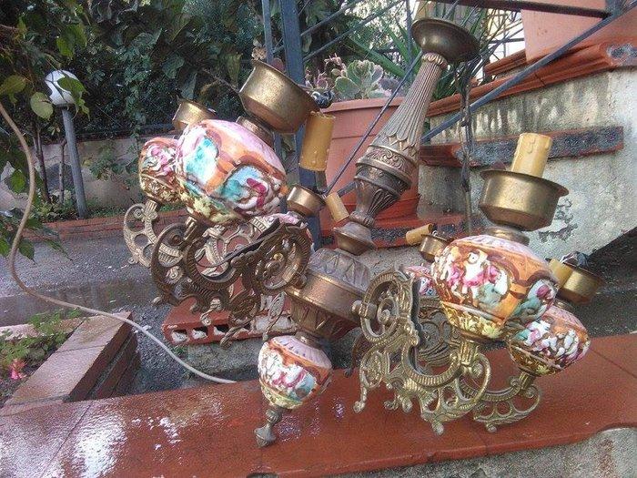 Antiquariato, lampadario, antiquariato lampadari, lampadario antico,. Lampadario In Ottone E Ceramica Capodimonte Ca 1920 Catawiki
