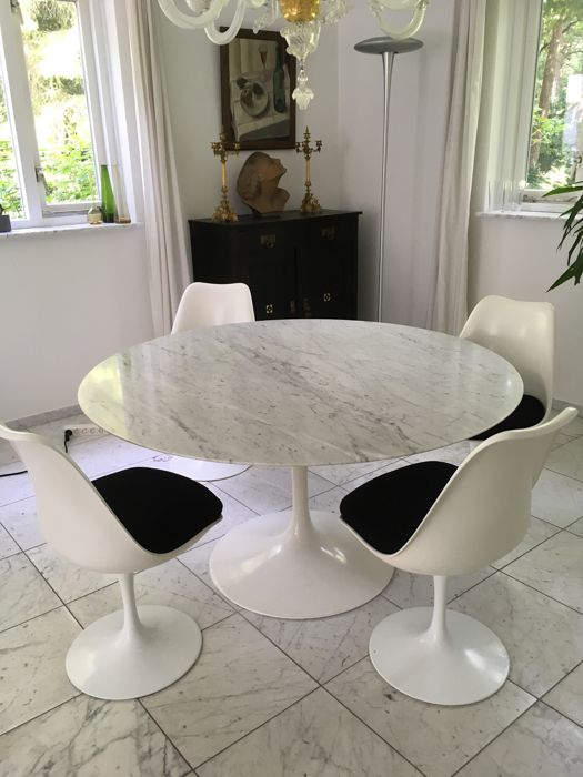 tulip table and chairs doc mcstuffins chair target eero saarinen by knoll 4 catawiki