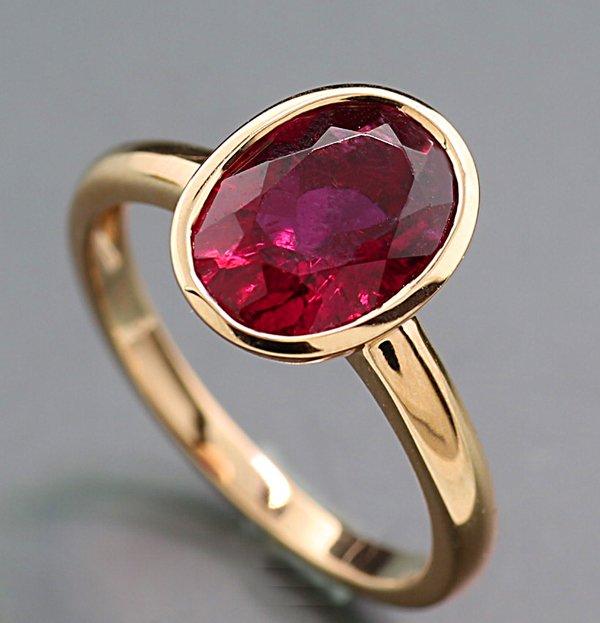 Solider Turmalin Ring roter Turmalin 278 carat 750