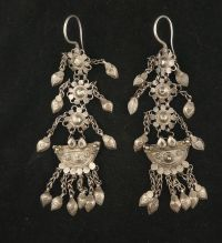 Antique dangle earrings in silver - North India, mid 20th ...