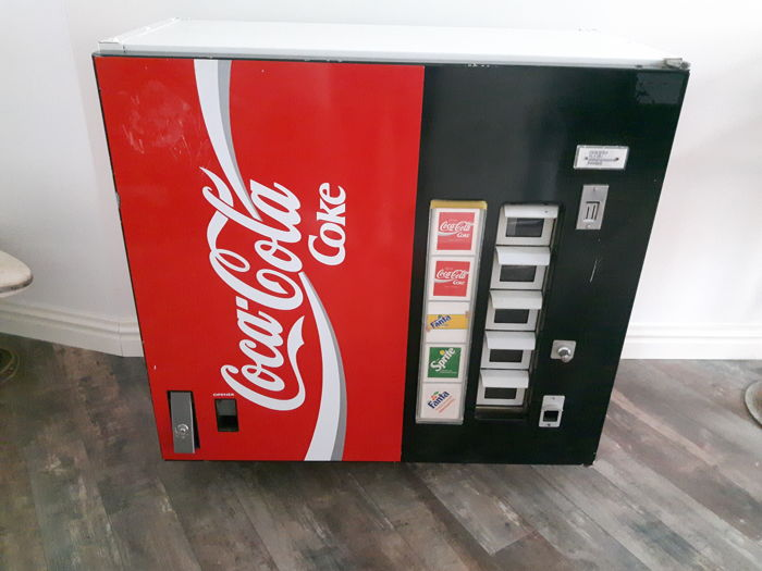 coca cola soda vending