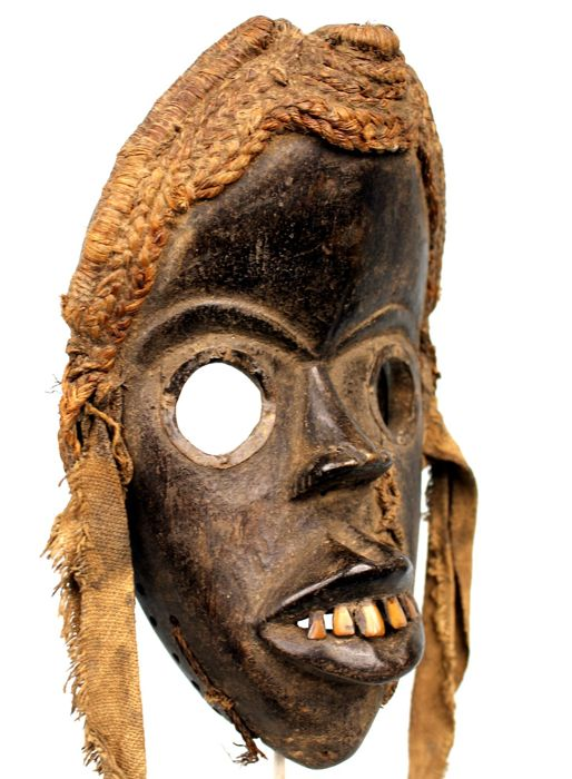 runner mask with indigenous