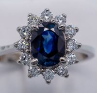 Deep Blue Sapphire Ring 1.52 ct - 18kt White Gold & 0.41ct ...