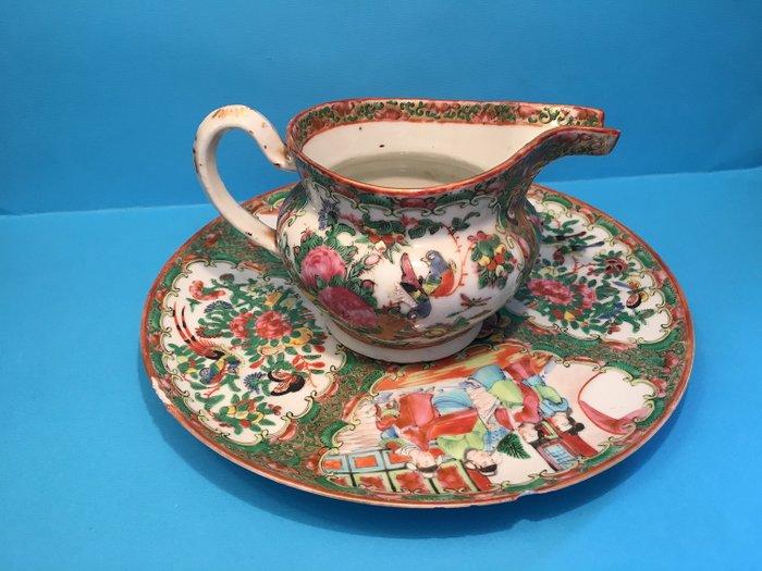 Dish, Teapot (2) - Canton, Famille rose - Porcelain - China - 19th century - Catawiki