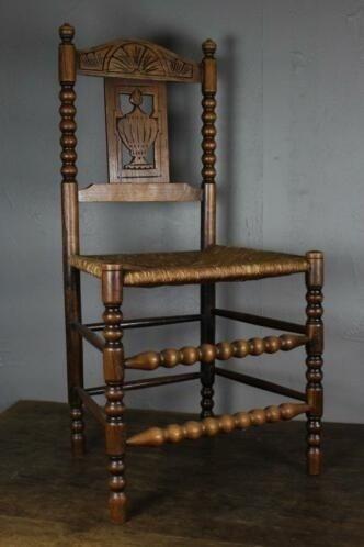 Eethoek Een tafel met drie stoelen  Hout  Riet  Catawiki
