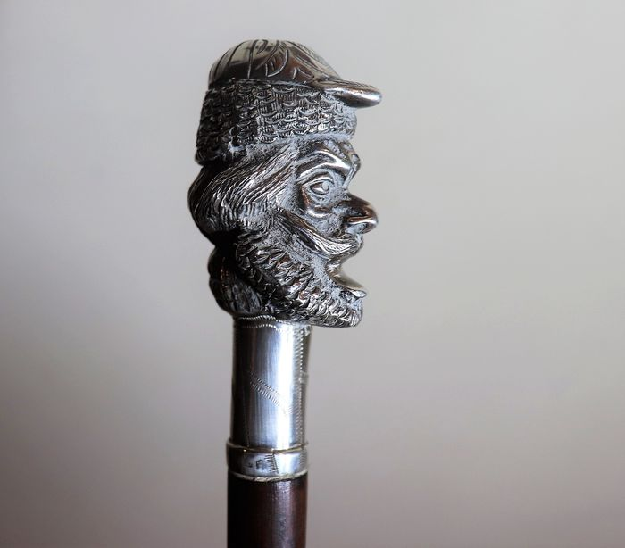 silver walking stick 1