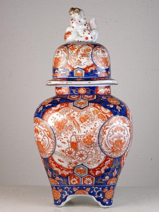 Lidded vase - Imari - Porcelain - Arita - Japan - Meiji period (1868-1912) - Catawiki