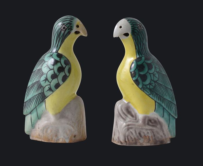A pair of famille verte parrots - Porcelain - China - circa 1900 - Catawiki