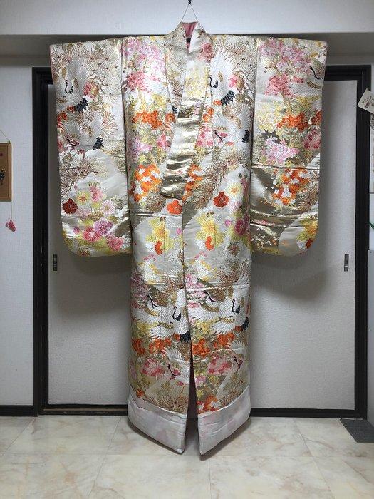 Kimono, wedding Uchikake - Cotton, Silk - Bride wears - Beautiful crane Colorful flowers - Japan - Mid 20th century - Catawiki