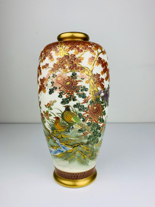 Excellent Satsuma vase with birds by a river - Porcelain - Japan - 1930 - Catawiki