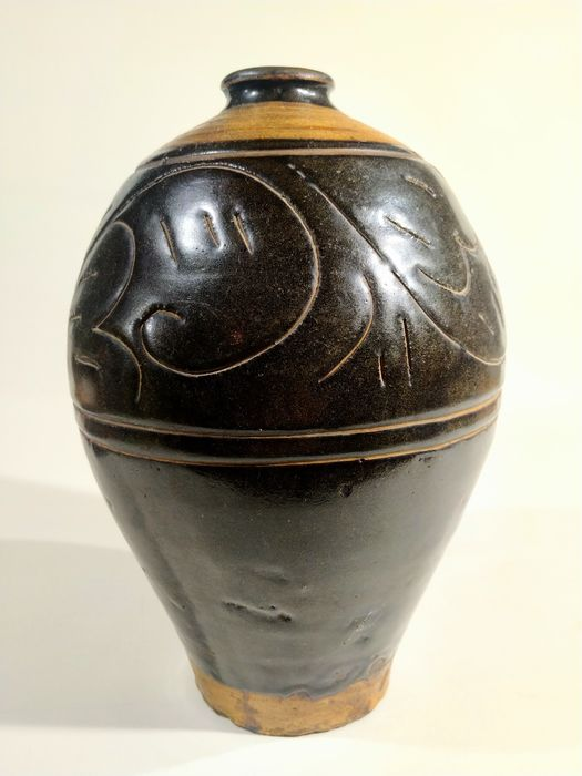 Vase 'meiping' - Cizhou - Earthenware - China - Northern Song (960-1127)