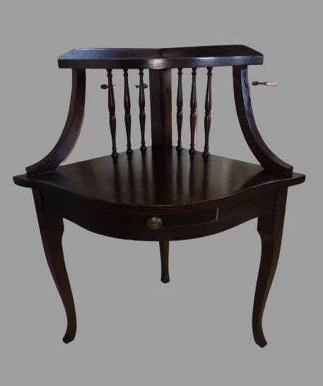 table d appoint d angle avec un petit