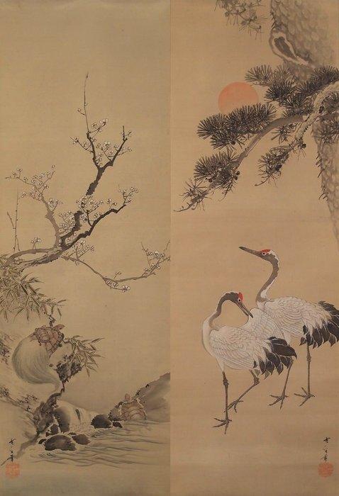 Hanging scrolls, Paintings (2) - Silk - Crane, Pine tree, Plum blossom, Turtle, Bamboo - with signature 'Kobun 香文' - Japan - Early 20th century