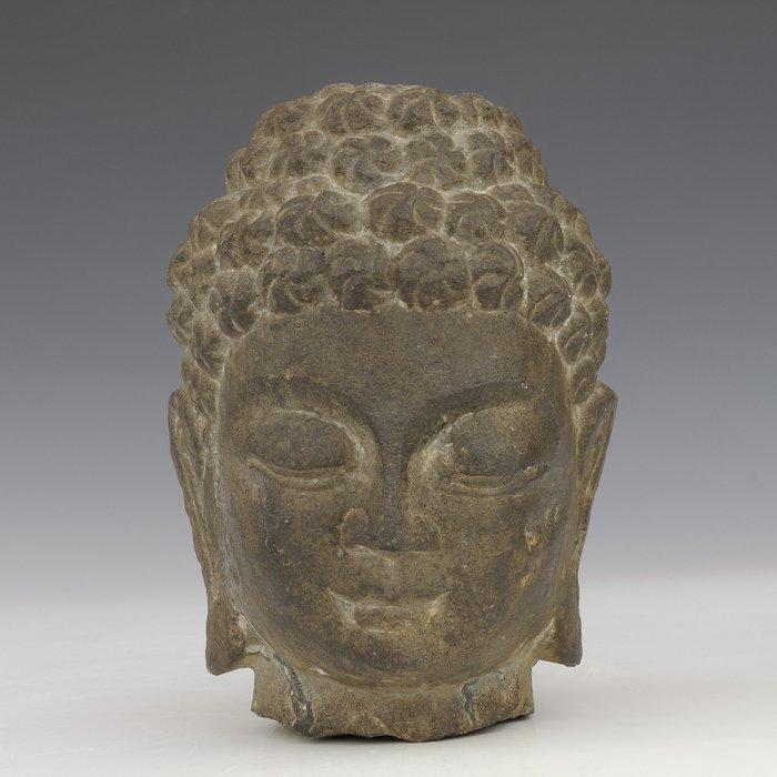 Buddha (1) - Stone - China - 17th century