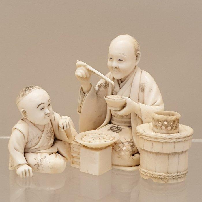 Okimono (1) - Ivory - Japan - Meiji period (1868-1912)