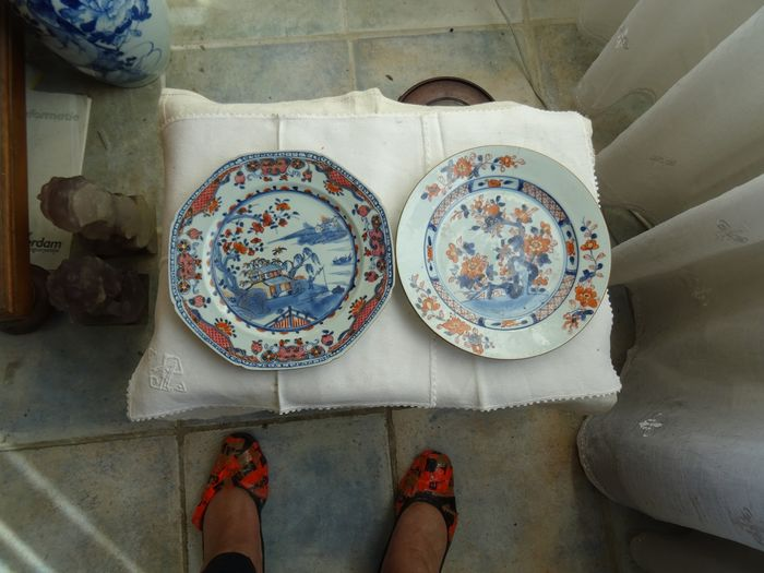 Saucers (2) - Imari - Porcelain - China - 18th century - Catawiki