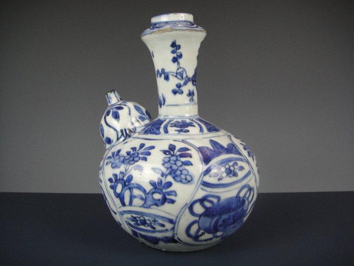 Kendi - Crackle-ware - Porcelain - China - Wanli (1573-1619)