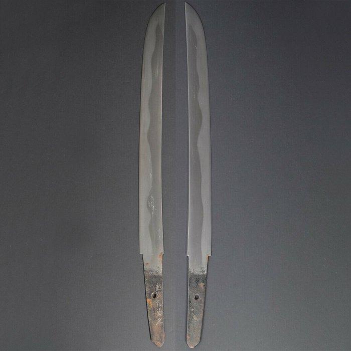 Nihonto wakizashi KANEHISA 兼久 signed in Shirasaya - Tamahagane - KANEHISA 兼久 - Japan - Edo Period (1600-1868)