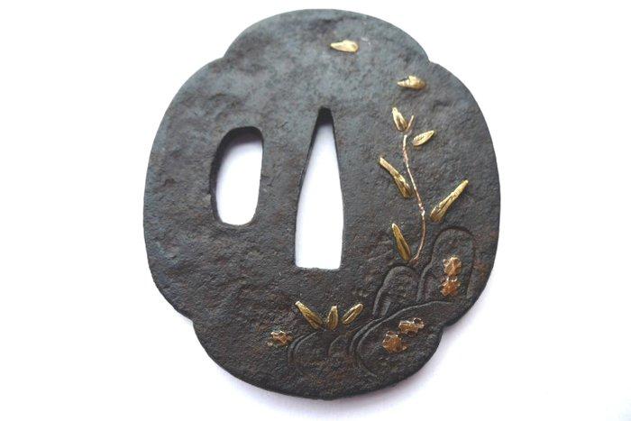 Japanese flower leaf inlay motif tsuba - Iron - Japan - Edo Period (1600-1868)