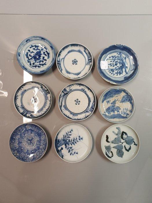 Alms dish (9) - Arita - Porcelain - Deer Flowers - Japan - Edo Period (1600-1868)
