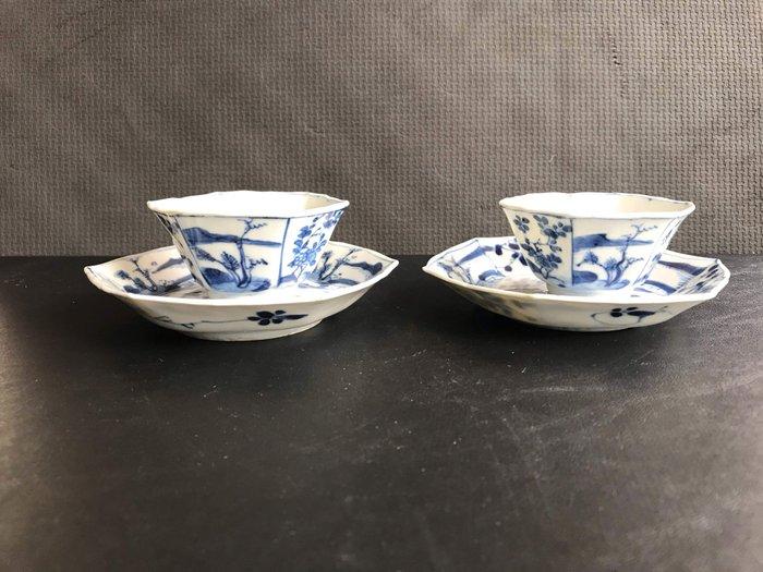 cups and saucers (2) - Blue and white - Porcelain - landscape - Kangxi periode kopjes en schoteltjes - China - Kangxi (1662-1722)
