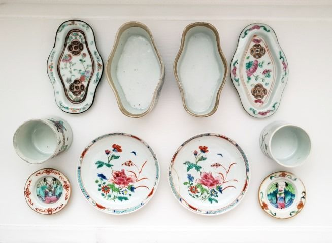 Cricket boxes / dishes / boxes with lid (10) - Famille rose - Porcelain - China - Guangxu (1875-1908)