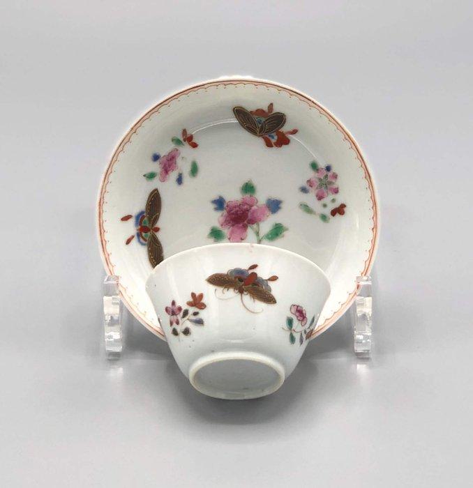 Saucer, Tea cup (2) - Porcelain - China - 18th century