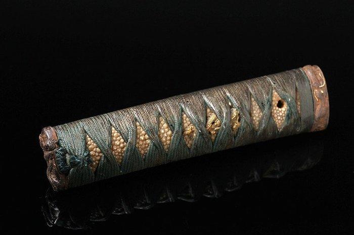 Tsuka (1) - Wood - Very fine with dragon design elements - Japan - Edo Period (1600-1868)