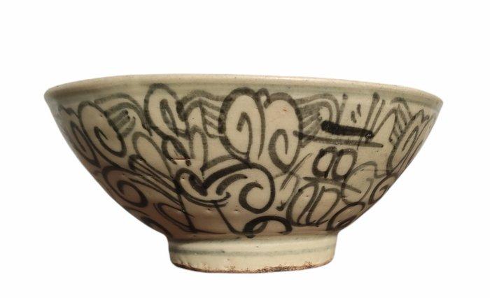 Bowl - Porcelain - China - Ming Dynasty (1368-1644)
