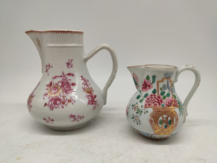 milk pot (2) - Famille rose - Porcelain - Flowers - China - Qing Dynasty (1644-1911)