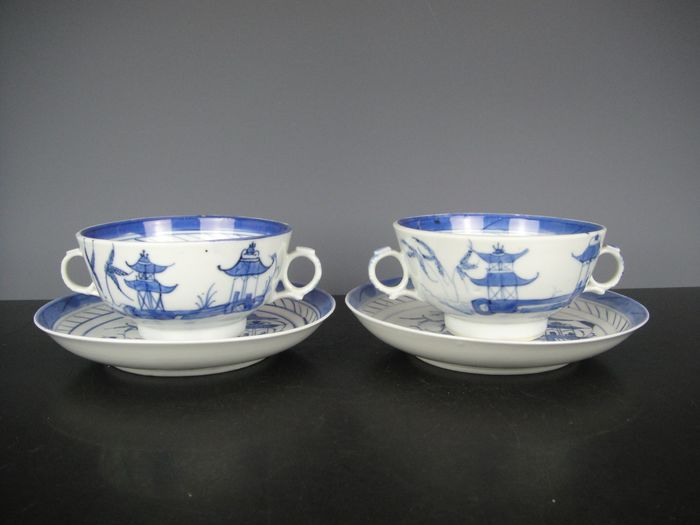 Two sets of bowls and saucers - Porcelain - China - 19th century