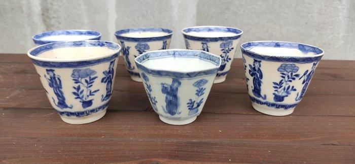 Cups (6) - Porcelain - Marked 'Zōshuntei Sanpo zō' 蔵春亭三保造 - Japan - Meiji period (1868-1912)