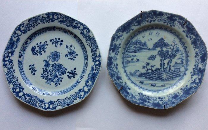 Dish (2) - Porcelain - Flora, fauna, houses - China - Qianlong (1736-1795)