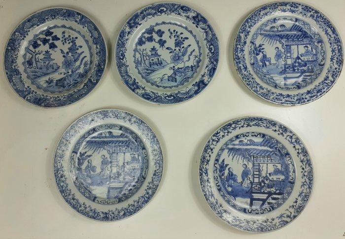 Plate (5) - Porcelain - China - Qianlong (1736-1795)