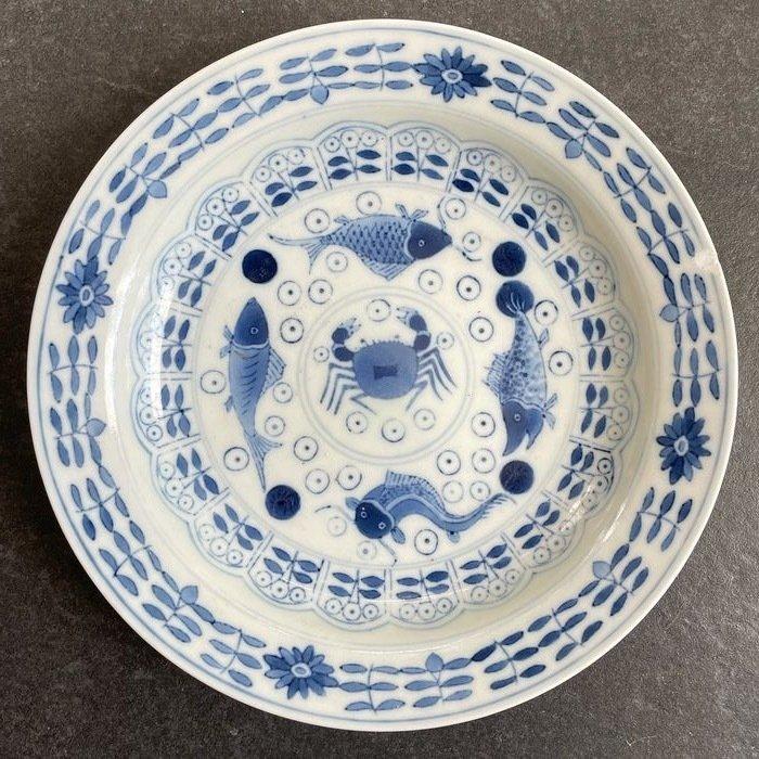 Plate (1) - Porcelain - China - Guangxu (1875-1908)