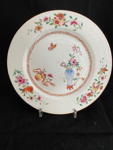Plates (1) - Famille rose - Porcelain - Plates - China - Qianlong (1736-1795)