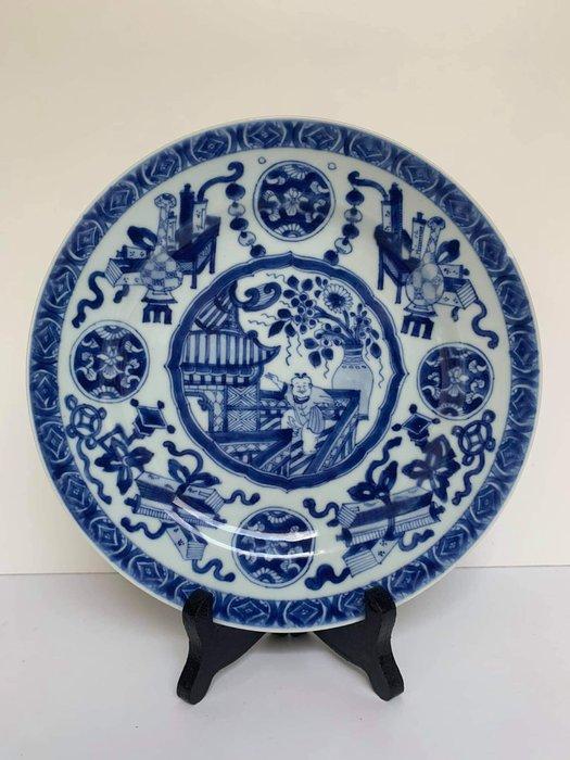 Plate - Porcelain - Boy on Pagoda - China - Kangxi (1662-1722)